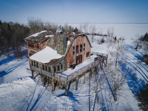 Barn winter shot 1
