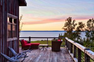 private barn deck photos large group family vacation rentals