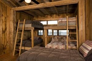 bunk beds photos large group family vacation rentals