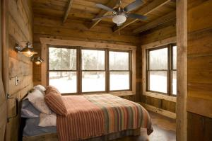 bedroom photos large group family vacation rentals
