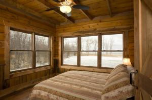 bedroom lake view photos large group family vacation rentals